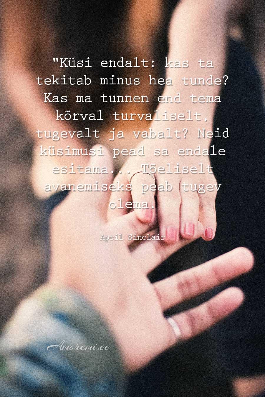 Tsitaadid suhetest, käed puutuvad kokku