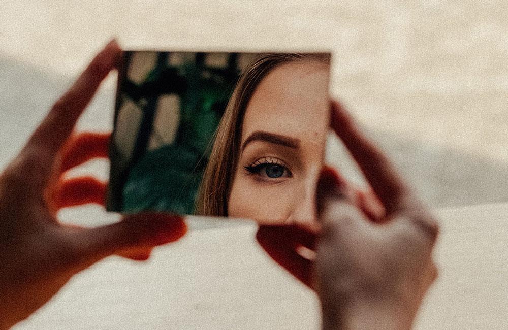 Vaade peeglisse