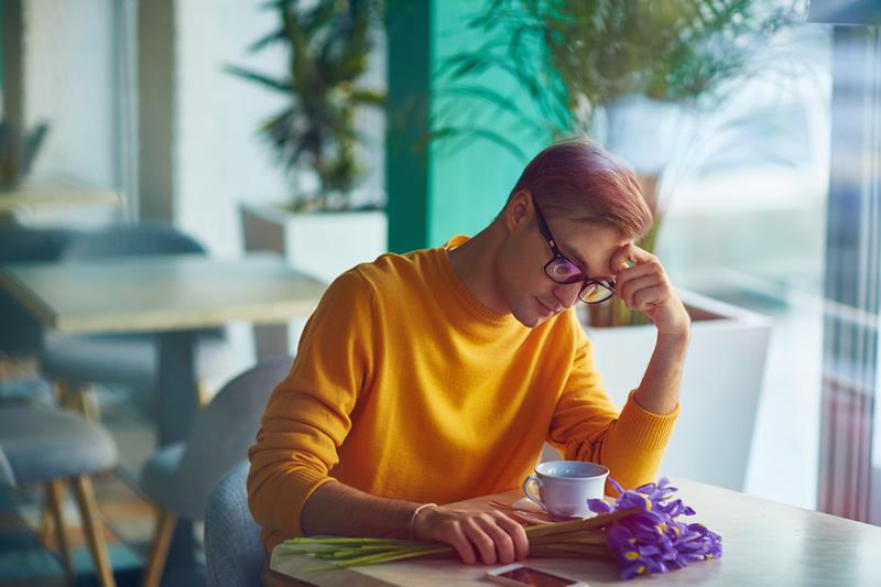 Mees üksi õnnetult