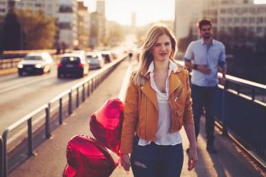 Naine lahkub mehe juurest halva tundega
