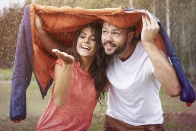Õige kaaslasega koos rõõmsalt vihma käes